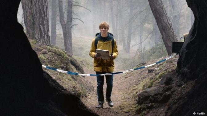 What to Watch: Dark: Season One (A Netflix Original)