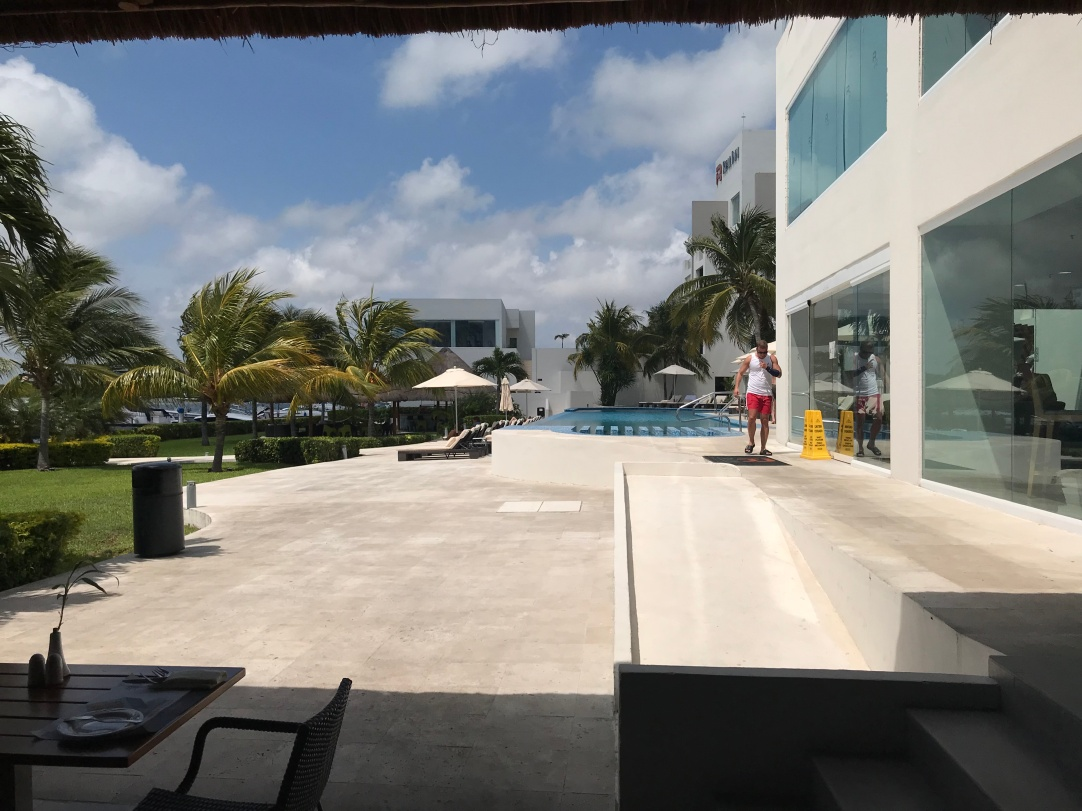 Inn at Cancun Resort